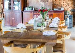 Leopard Mountain Safari Lodge - Hluhluwe - Dining room