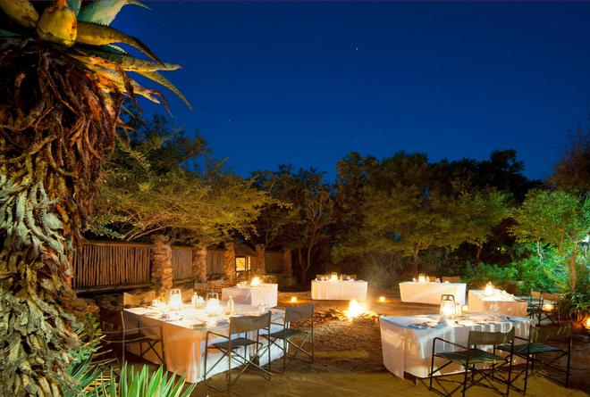 Leopard Mountain Safari Lodge - Hluhluwe - Banquet hall