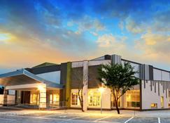 TraveLodge Hotel - Gaborone - Edificio