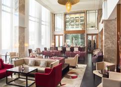 Sheraton Bratislava Hotel - Bratislava - Lounge