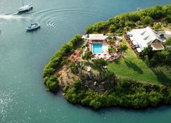 Gunpowder House & Suites - English Harbour - Outdoors view