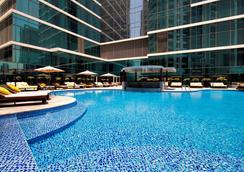 Taj Dubai - Dubai - Uima-allas