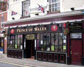 Prince of Wales - Falmouth - Building