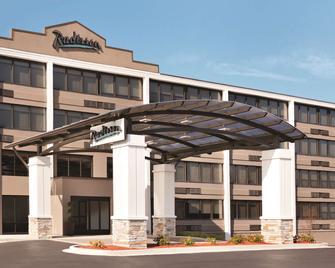 Radisson Hotel Charlotte Airport - Charlotte - Gebäude
