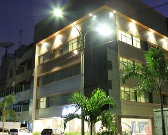 Hotel 55 - North Jakarta - Building