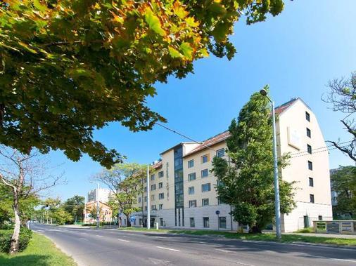 Achat Premium Budapest - Budapest - Gebäude