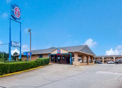 Motel 6 Marshall, TX - Marshall - Rakennus