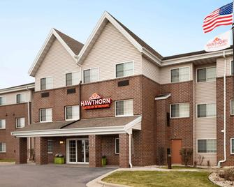Hawthorn Suites By Wyndham Oak Creek/Milwaukee Airport - Oak Creek - Building