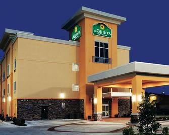 La Quinta Inn & Suites Claremore - Claremore - Building