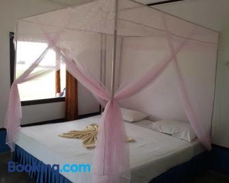 Koh Ngai Seafood - Ko Ngai - Bedroom