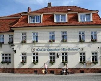Schulzens - Tangermünde - Building