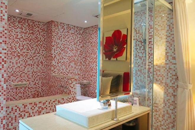 Herz Hotel - Taichung - Bathroom