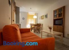 Robs House - Riomaggiore - Living room