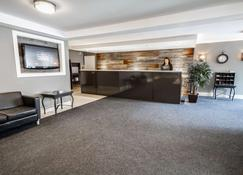 Hotel Faubourg Montreal - Montreal - Front desk