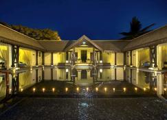 Sofitel Mauritius L'imperial Resort & Spa - Flic en Flac - Byggnad