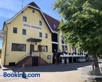 Hotel Lindenhof - Mosbach (Baden-Wurttemberg) - Gebäude