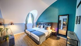 Holiday Inn Lübeck - Lübeck - Bedroom