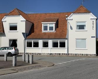 Strandby Badehotel - Frederikshavn - Building