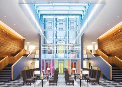 Movenpick Hotel Stuttgart Airport - Stuttgart - Lounge