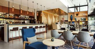 Courtyard by Marriott Vilnius City Center - Vilnius - Bar