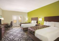 La Quinta Inn & Suites by Wyndham Conference Center Prescott - Prescott - Phòng ngủ