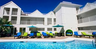 Silver Palms Inn - Key West - Piscina