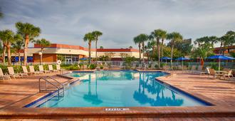 Red Lion Hotel Orlando Kissimmee Maingate - Orlando - Piscina