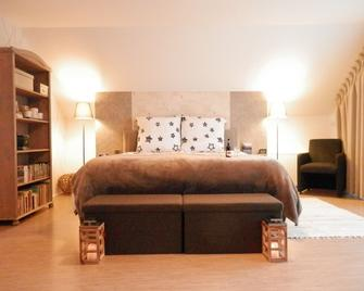 Ravelin Bed & Breakfast - Rees - Slaapkamer
