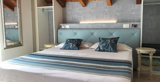 Hotel Souvenir - Monterosso al Mare - Bedroom