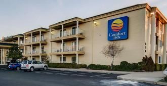 Comfort Inn Redding near I-5 - Redding