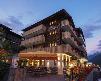 Hotel Landhaus - Goms - Gebäude