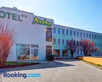 Hotel Arche - Siedlce - Gebouw