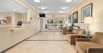 Candlewood Suites Destin-Sandestin Area - Destin - Lobby