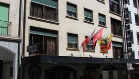 Hotel Excelsior - Genf - Gebäude