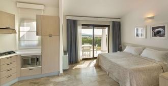Resort Grande Baia - San Teodoro - Habitación