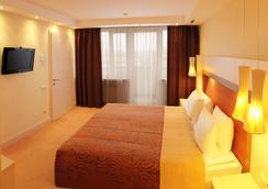 President Hotel - Kyiv - Bedroom