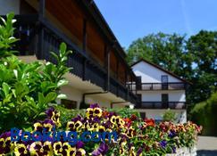 Hotel am Buchwald - Esslingen - Edifício