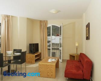Coral Los Silos - Your Natural Accommodation Choice - Los Silos - Living room