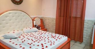 Motel Mont Blanc (Adults Only) - Guarulhos - Bedroom