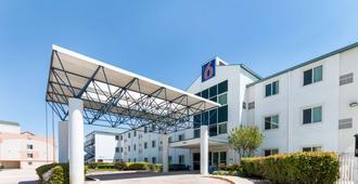 Motel 6 Dallas - Dfw Airport North - אירווינג