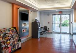 Motel 6 Dallas Fort Worth Airport North - Irving - Lobby