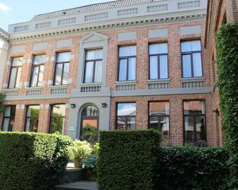 Hotel d'Alcantara - Tournai - Building
