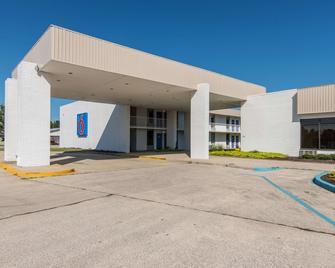 Motel 6 Hamilton, AL - Hamilton - Building