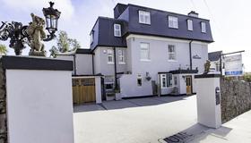The Albaston - Torquay - Toà nhà