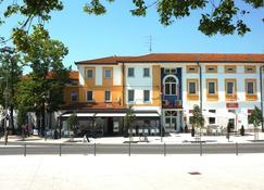 Hotel Lipa - Nova Gorica - Building