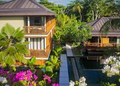 Dhevatara Beach Hotel - Grand'Anse Praslin - Outdoors view