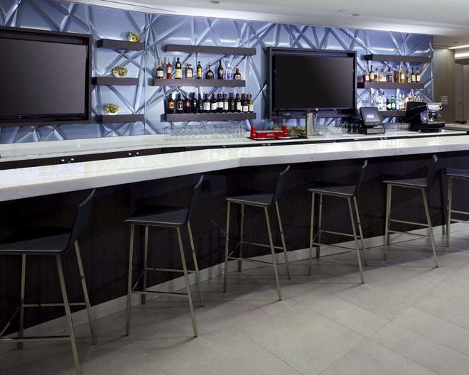 Cambria Hotel DC Convention Center - Washington - Bar