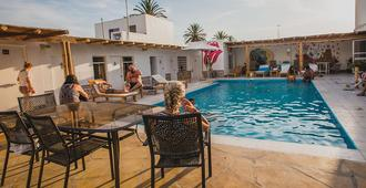 Kokopelli Hostel Paracas - Paracas - Pool