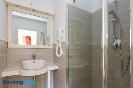 科雷亞曼諾民宿 - 羅韋雷托 - 羅韋雷托 - 浴室