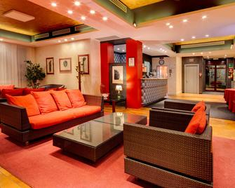 Jet Hotel, Sure Hotel Collection by Best Western - Gallarate - Лоббі